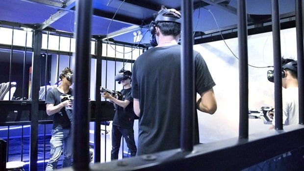 VR cage shooting